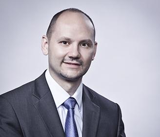 József Bulcsú Fenyvesi LL.M. attorney-at-law (Hungary), partner